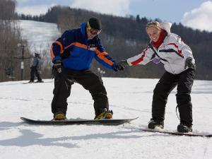 nachinaushie snowboarders
